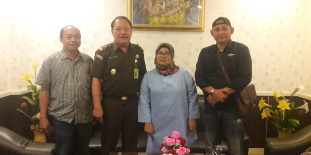 Kehadiran JTR Kekantor Kejaksaan Disambut Baik Kepala Kejari Kota Tangerang