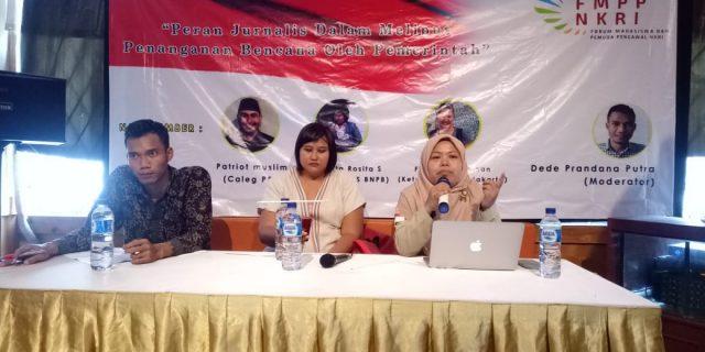 Forum Mahasiswa Dan Pemuda Pengawal NKRI Diskusi Publik Melawan Hoax