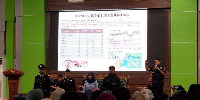 KWBC Banten Mengenalkan Bea Cukai kepada Generasi Millenial