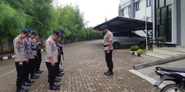 Satbrimob Polda Banten Jaga Ketat Kantor KPU Provinsi Banten