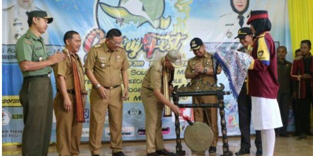 Wakil Bupati Tanggamus Hadiri Pembukaan Lomba Glory Fest SMAN 1 Kota Agung