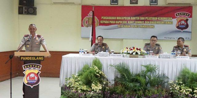 Wakapolda Banten,  Gelar Pelatihan Kehumasan di Polres Pandeglang