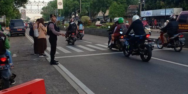 Ditsamapta Polda Banten Rutin Gelar Pengaturan Lalu Lintas Pagi Hari