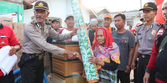 Polres dan Kodim Tanggamus Lepas Bantuan Sosial Untuk Korban Tsunami