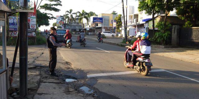 Ditsamapta Polda Banten Laksanakan Giat pengaturan Lalu Lintas di Pusat Keramaian