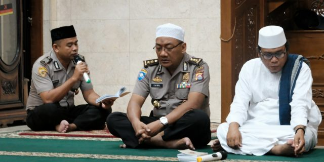 Meningkatkan Ketaqwaan Anggota Polda Banten Intens Binrohtal