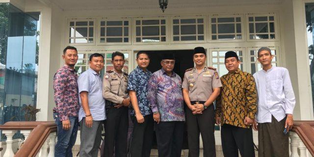 Wadir Pamobvit Polda Banten Sambangi Tokoh Ulama Tangerang