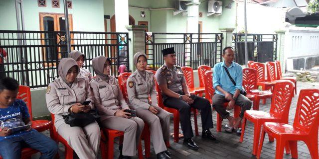 Sambang Duka Kabid Humas Polda Banten Kunjungi Rumah Almh Titin
