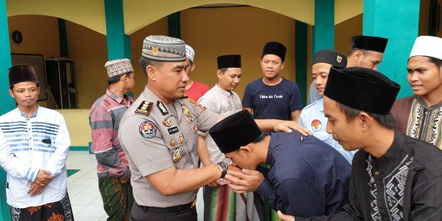 Jalin Tali Silaturahmi, Kabid Humas Polda Banten Sambangi Ulama