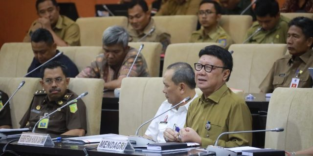 Mendagri Sampaikan Evaluasi Pemilu 2019 dalam Raker di DPD RI