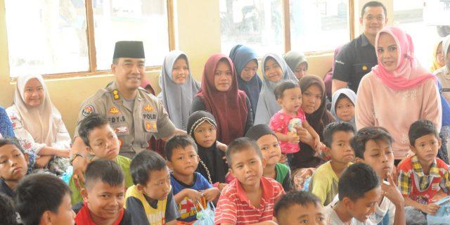 Panti Asuhan Baiturahman Dikunjungi  Tim Jum'at Barokah Polda Banten