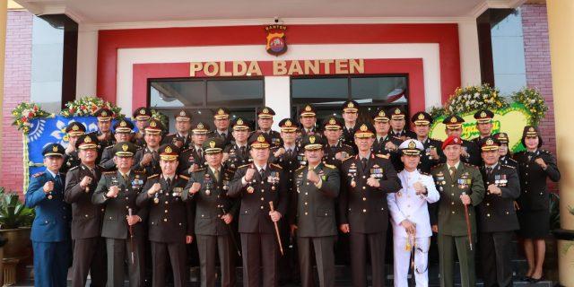 Kapolda Banten Pimpim Upacara Hari Bhayangkara Ke-73