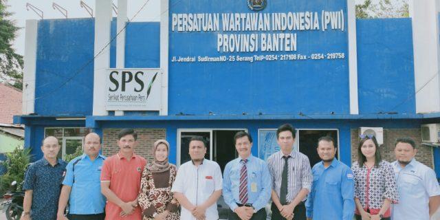 UT Serang Kunjungi Kantor Persatuan Wartawan Indonesia (PWI) Provinsi Banten