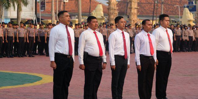 Berhasil Ungkap Kasus Mafia Tanah Kapolda Banten Beri Penghargaan Ke 5 Anggotanya
