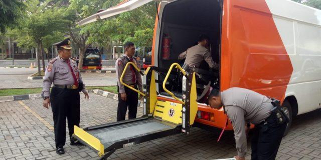 Ditpamobvit Polda Banten Gunakan Unit Secdoor untuk Pengamanan kunjungan kerja Menteri PPPA RI