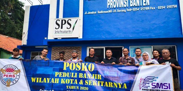 SMSI Kota Tangerang Bareng JTR, Salurkan Bantuan Ke Posko PWI Banten Peduli