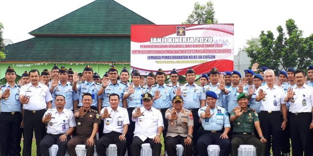 Kapolres Cilegon Ikuti Apel Penandatanganan Deklarasi Janji Kinerja 2020 Kemenkumham Banten