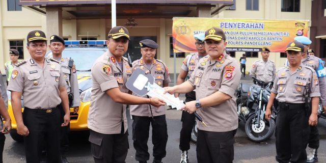 Kapolda Banten Serahkan Ranmor Dinas, Untuk Pelayanan Masyarakat di Polres Pandeglang