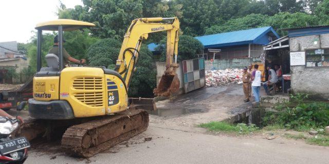 DLHK Meninjau Lokasi TPST Bojong nangka Kec Kelapa dua