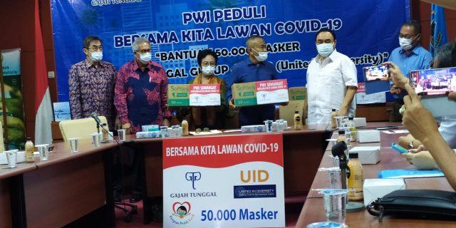 PWI Terima Sumbangan 50 Ribu Masker dari Gajah Tunggal Group