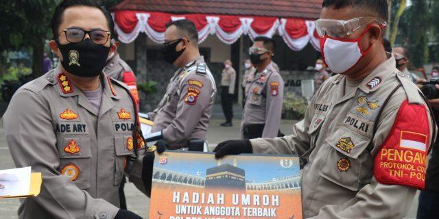 Belasan Personel Polresta Tangerang Diganjar Penghargaan