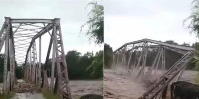 Banjir Bandang Di Sumba Timur Mengakibatkan Jembatan Ambruk