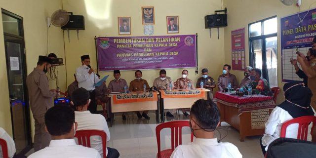 Camat Sindang Jaya Lantik Panitia Pemilihan Kepala Desa Wanakerta