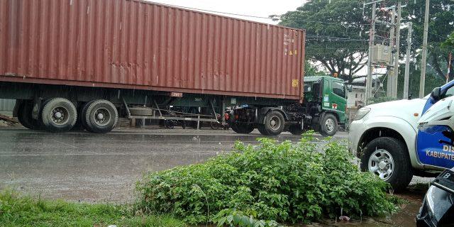 Operasi Dishub Kabupaten Tangerang Terhambat Oleh Hujan