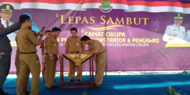 Serah Terima Jabatan Camat Cikupa Dipimpin Langsung Drs. H. Hendar Herawan.MM