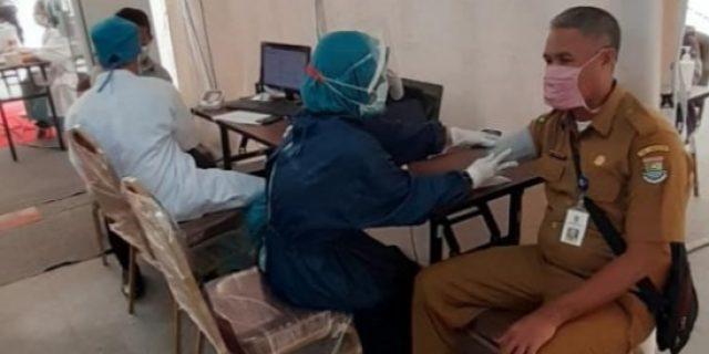 Pegawai Diskominfo Kab.Tangerang Vaksinasi COVID -19 di RS Ciputra Hospital