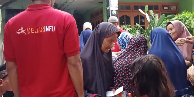Yayasan Ncl Bersama Redaksi Kejarinfo Santuni Anak Yatim dan Janda Jompo