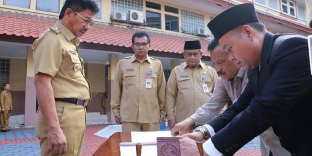 Doddy Effendi Dilantik Jadi Dirum PDAM Tb Kota Tangerang